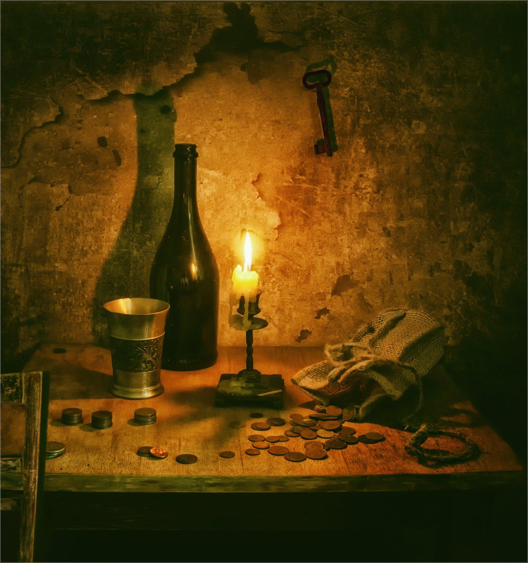 still life, натюрморт,  винтаж, ретро, свеча, огонь, деньги, монеты, свет , тень, бутылка, стакан, напиток, ключ,, Михаил MSH
