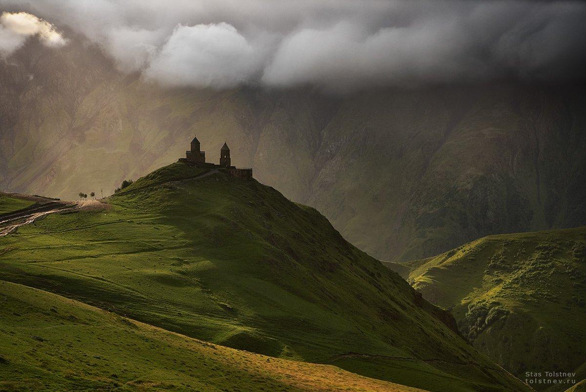 грузия, степанцминда, церковь, горы, Станислав Толстнев