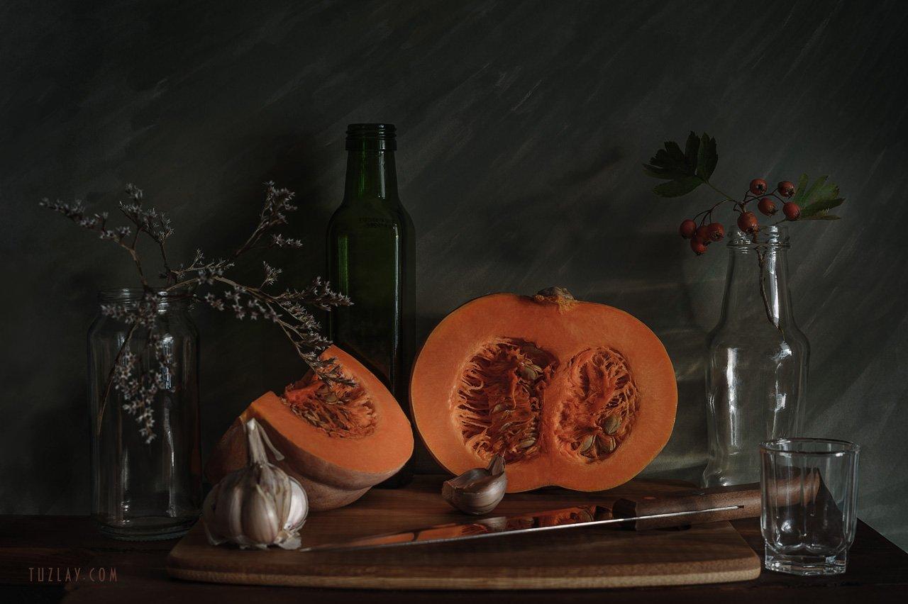 тыква, разрезанная тыква, осень, боярышник, чеснок, бутылёк, кухонный нож, углостебельник, Владимир Тузлай