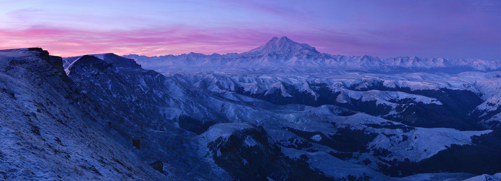 эльбрус, приэльбрусье, elbrus, горы, горный ландшафт, горный пейзаж, кавказ, северный кавказ, бермамыт, кчр, карачаево-черкессия, рассвет, первый снег, панорама, Николай Сапронов