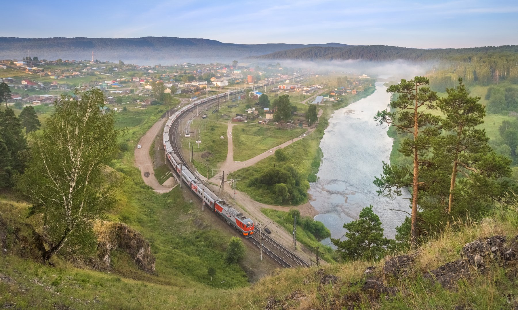 жд, железная дорога, поезд, россия,  пейзаж, skrylov, skrylov_official,  вязовая, утро рассвет, neман, лето, река, горы, лес, пассажирский поезд. эп2к, челябинская область, юрюзань, Сергей Крылов