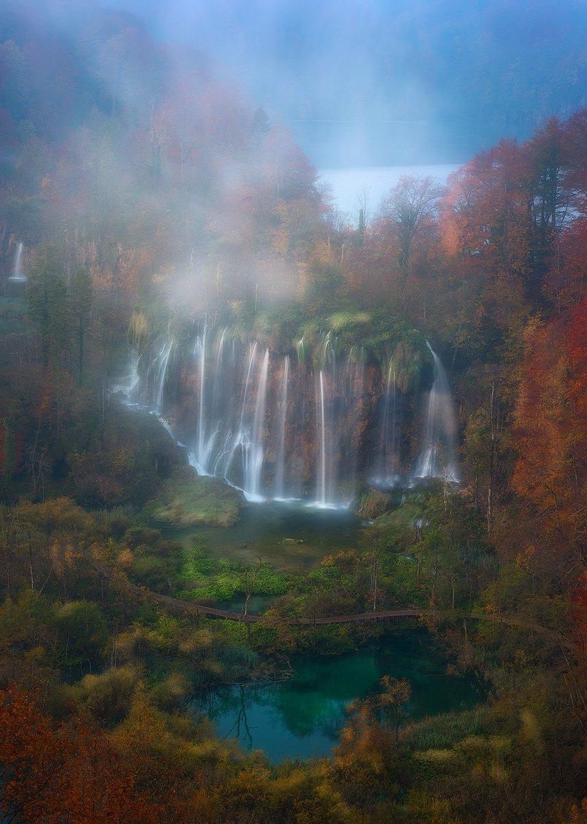plitvice lakes croatia landscape autumn waterfall mist fog sunrise , Roberto Pavic