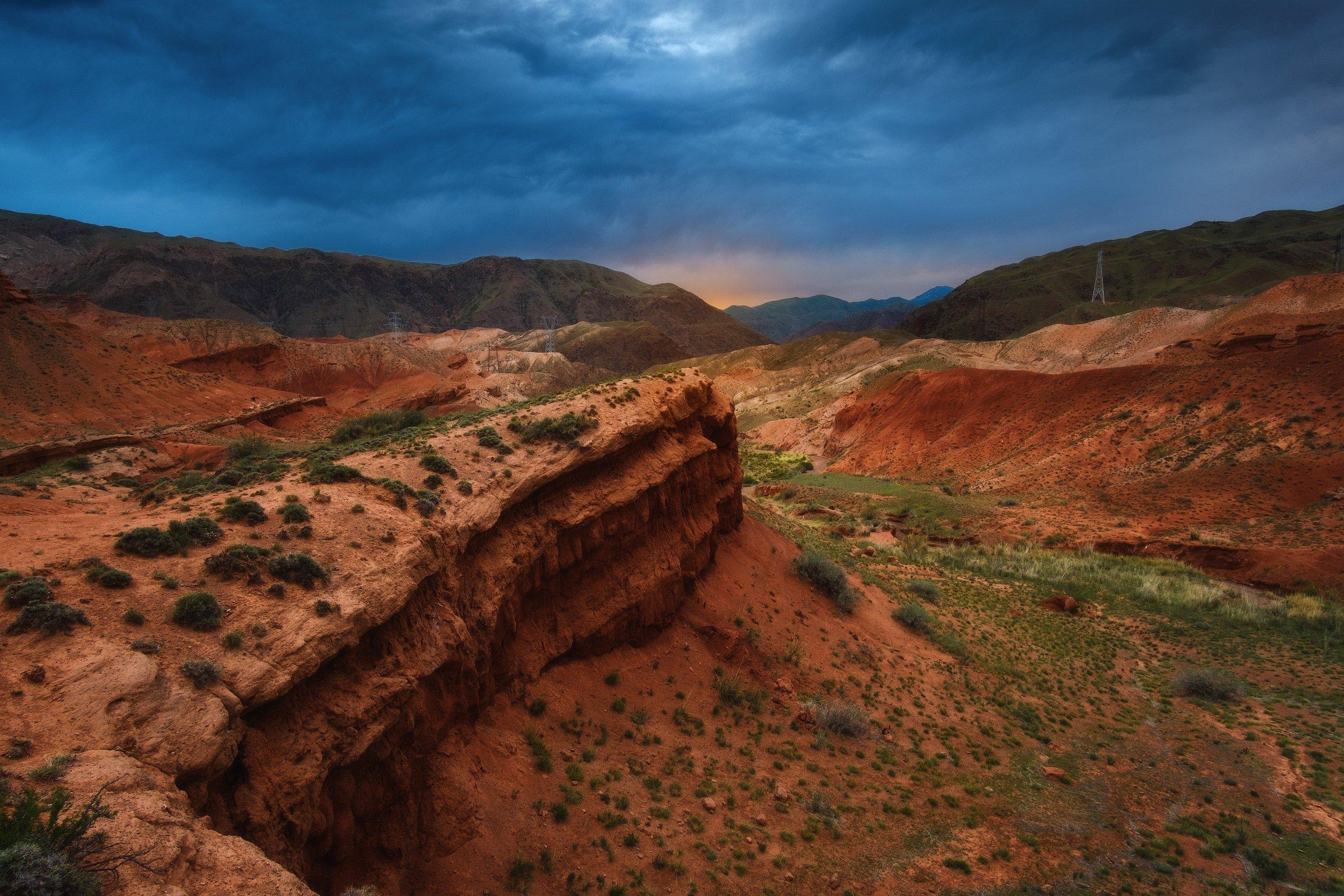 киргизия, кыргызстан, средняя азия, горы, каньон, скалы, пейзаж, лето, ущелье, каньон, утро, Оборотов Алексей