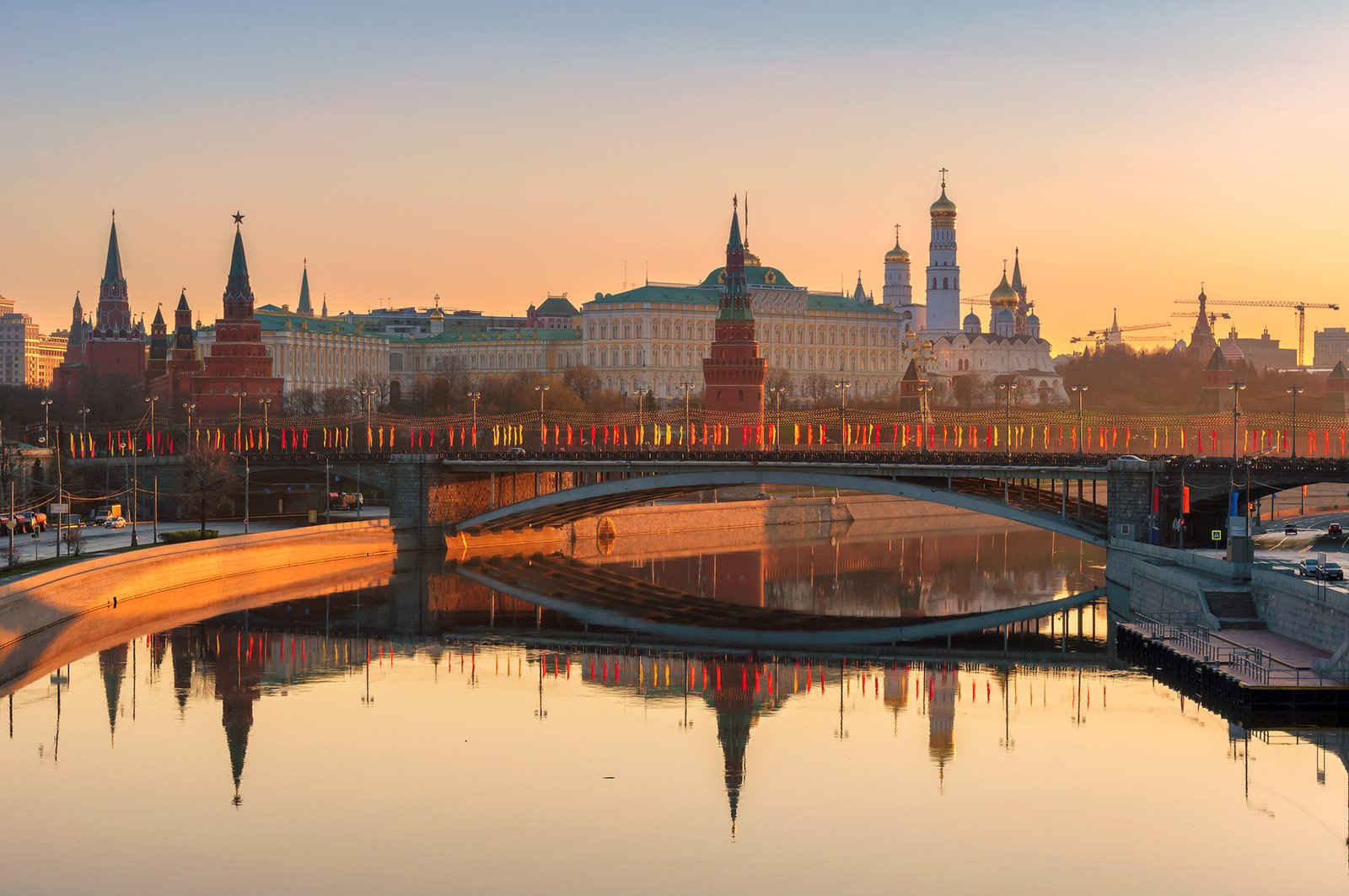 moscow, skyline, kremlin, russia, red, square, architecture, city, cathedral, tower, view, river, morning, travel, landmark, cityscape, sky, panoramic, bridge, dome, reflection, russian, sun, landscape, Dmitry Vinogradov