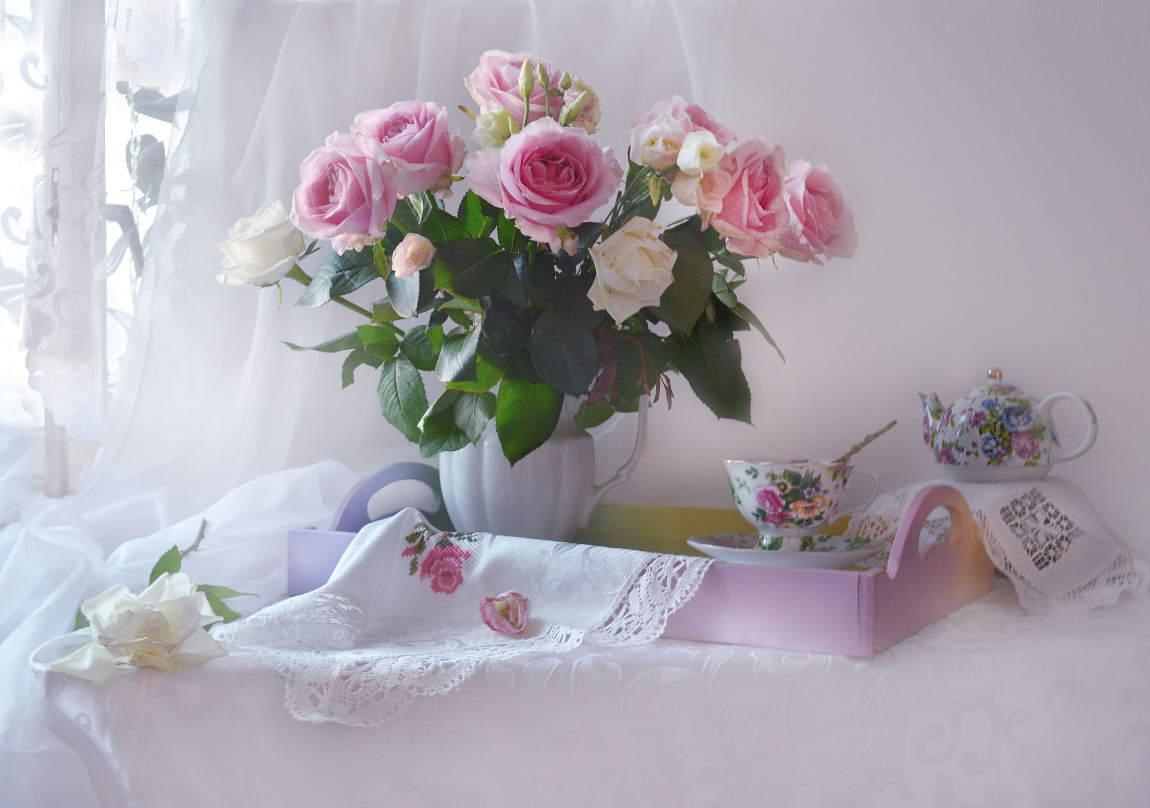 still life,натюрморт,фото натюрморт,осень, октябрь ,цветы, фото натюрморт, фарфор, розы, настроение, Колова Валентина