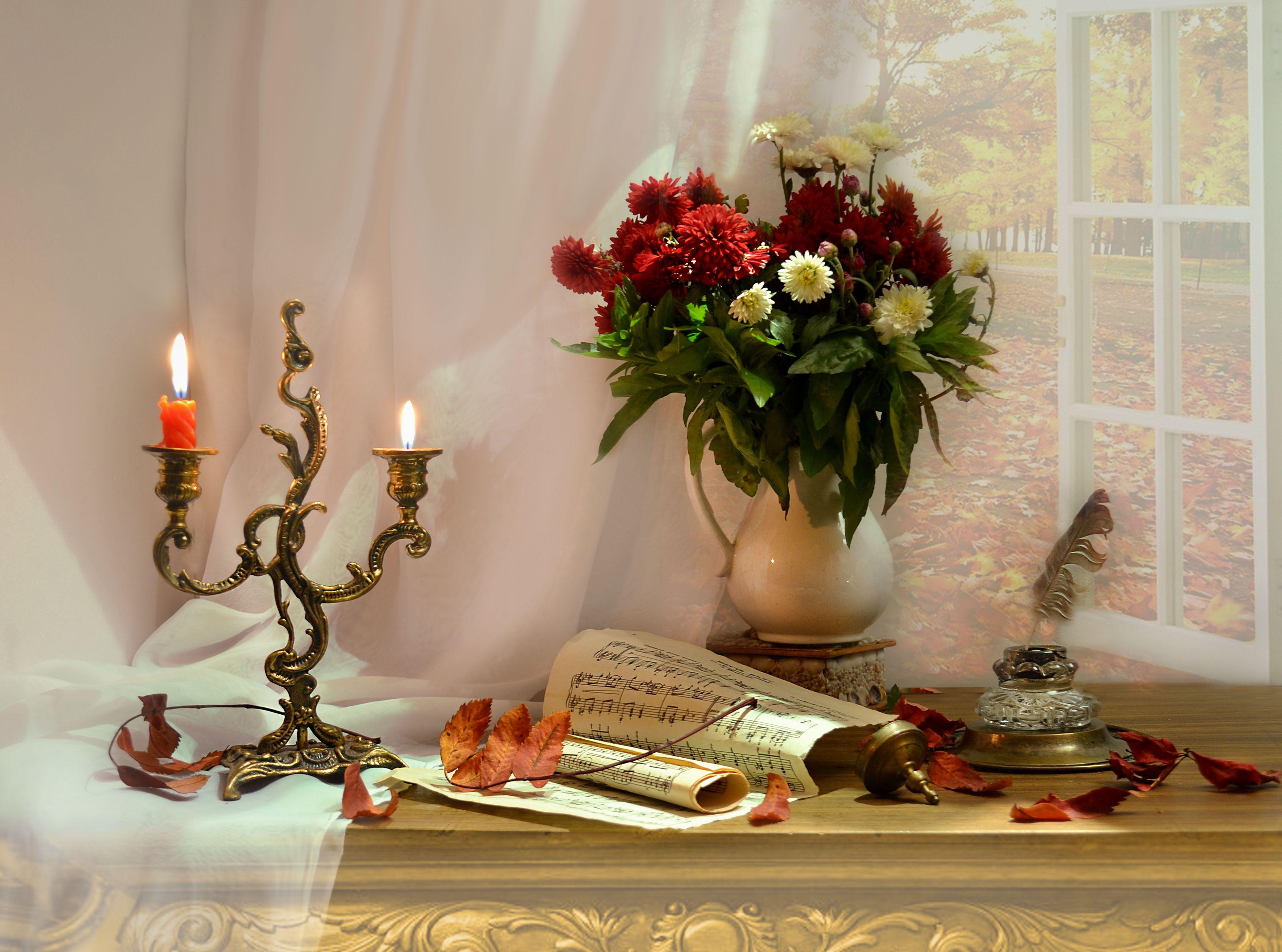 still life,натюрморт,фото натюрморт ,осень ,октябрь ,цветы, чернильница,  хризантемы,  свечи, подсвечник, ноты, листья, Колова Валентина