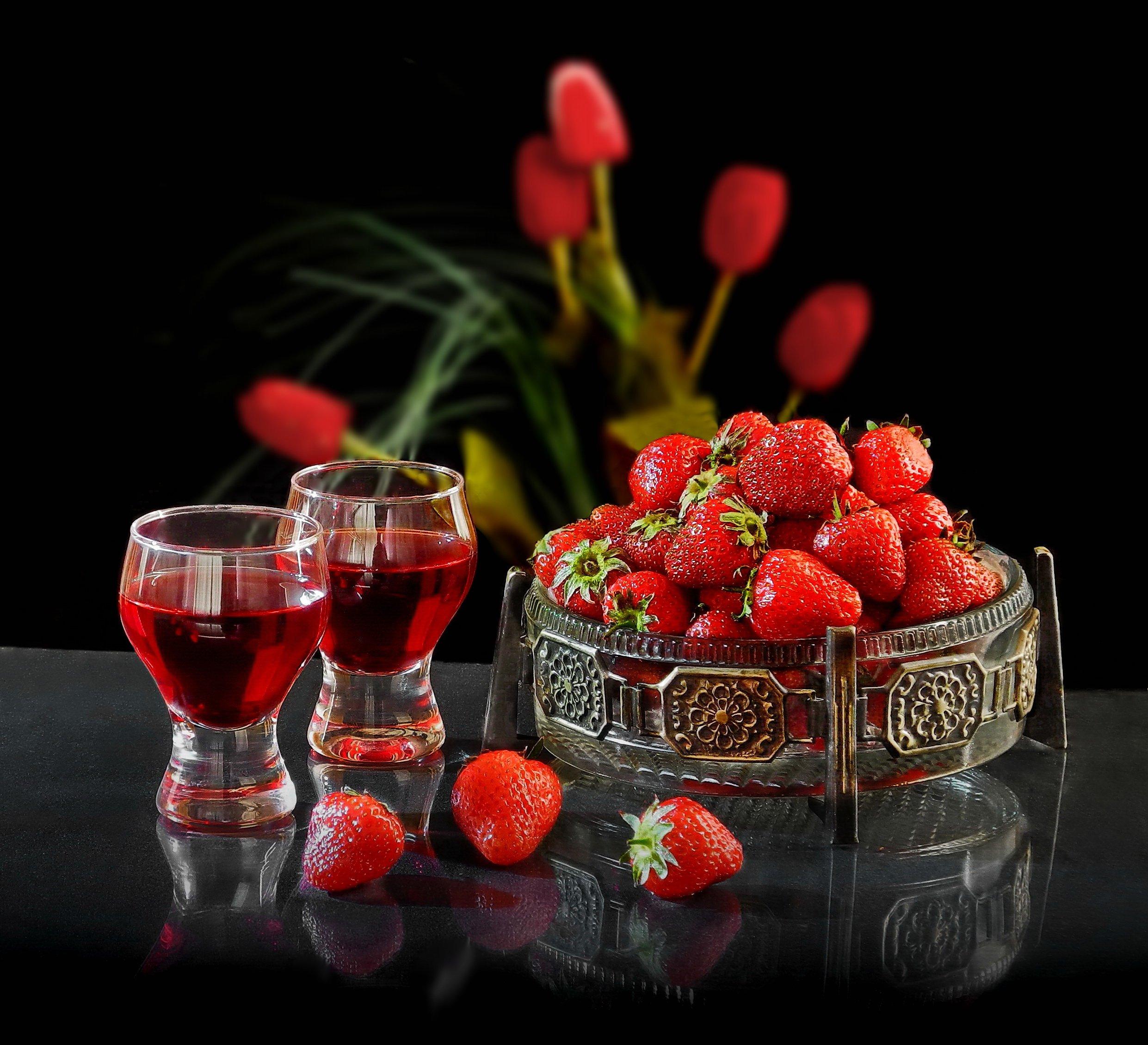 Клубника с вином. Сергей Фунтовой