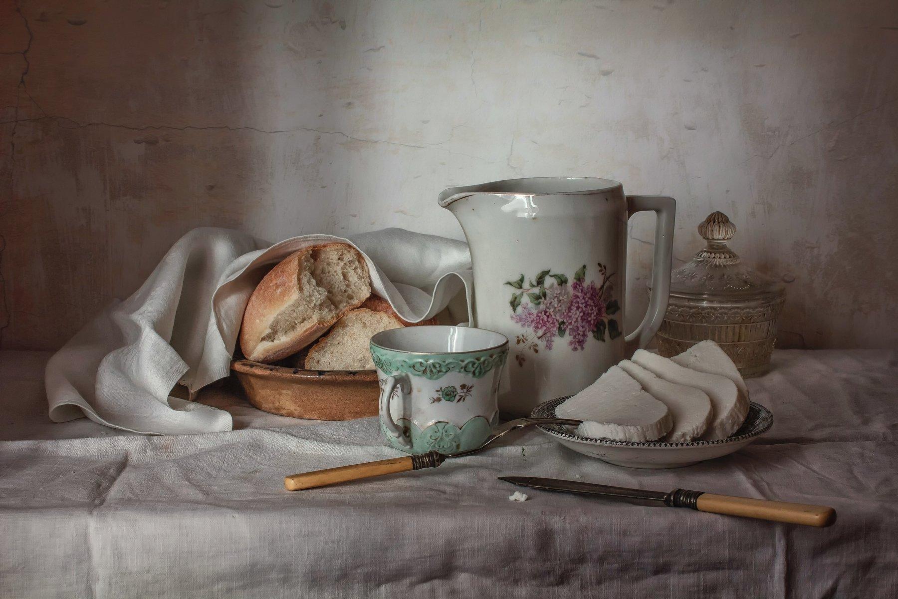 натюрморт, фарфор, кувшин, сыр, хлеб, Анна Петина