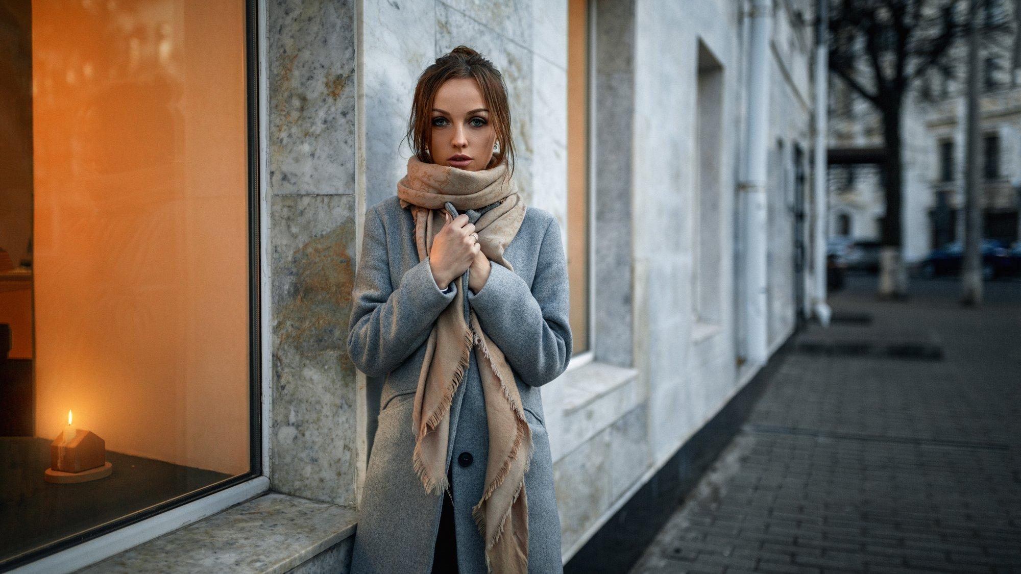 девушка, портрет, дом, свет, улица, Александр Куренной
