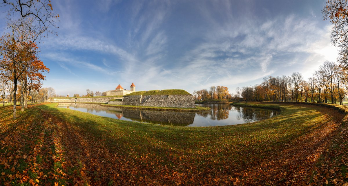 Осенний Курессааре, остров  Сааремаа., Юрий Чернов