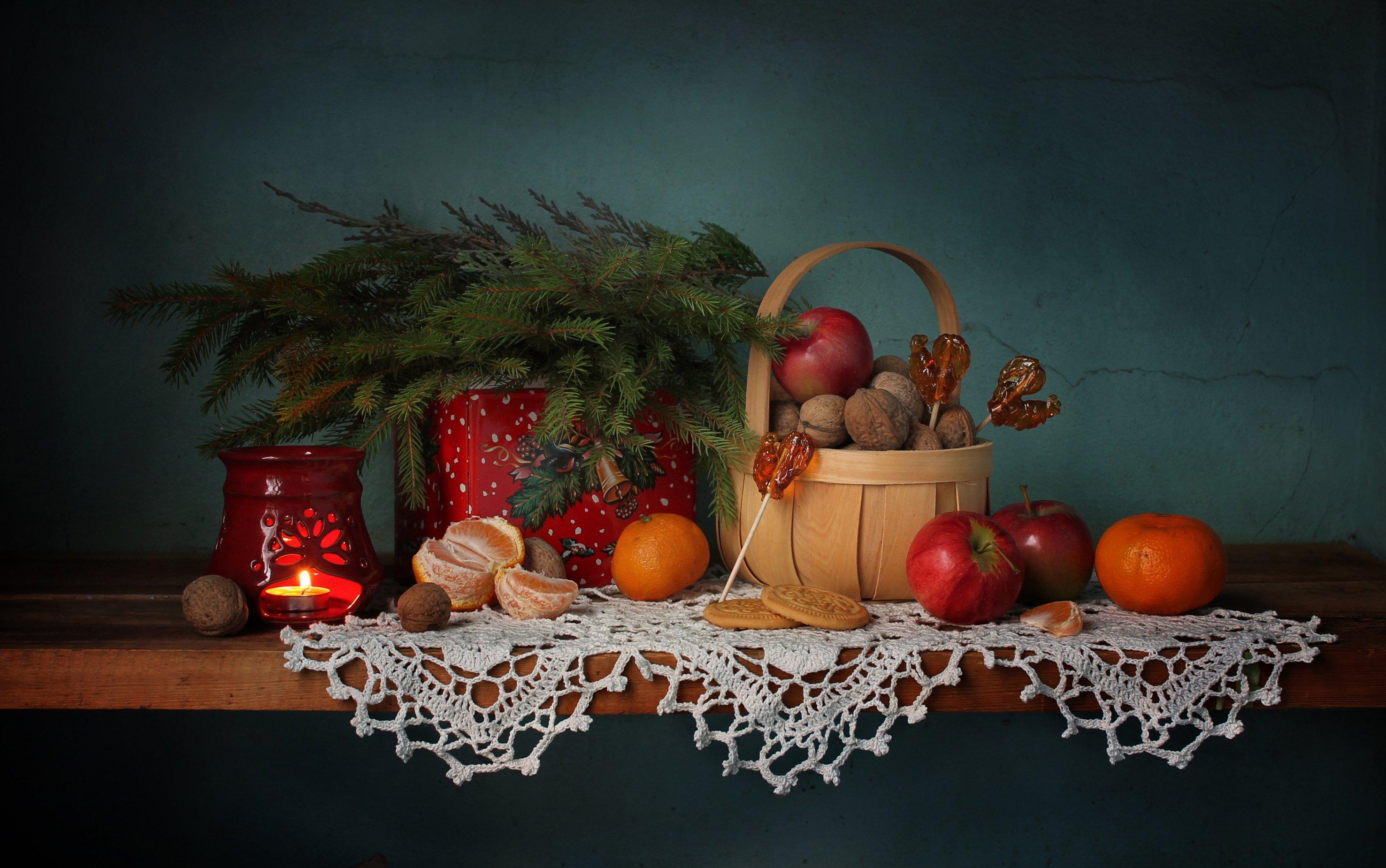 натюрморт,  новый год, елка, леденцы, мандарины, яблоки, сладости, подсвечник, Ковалева Светлана