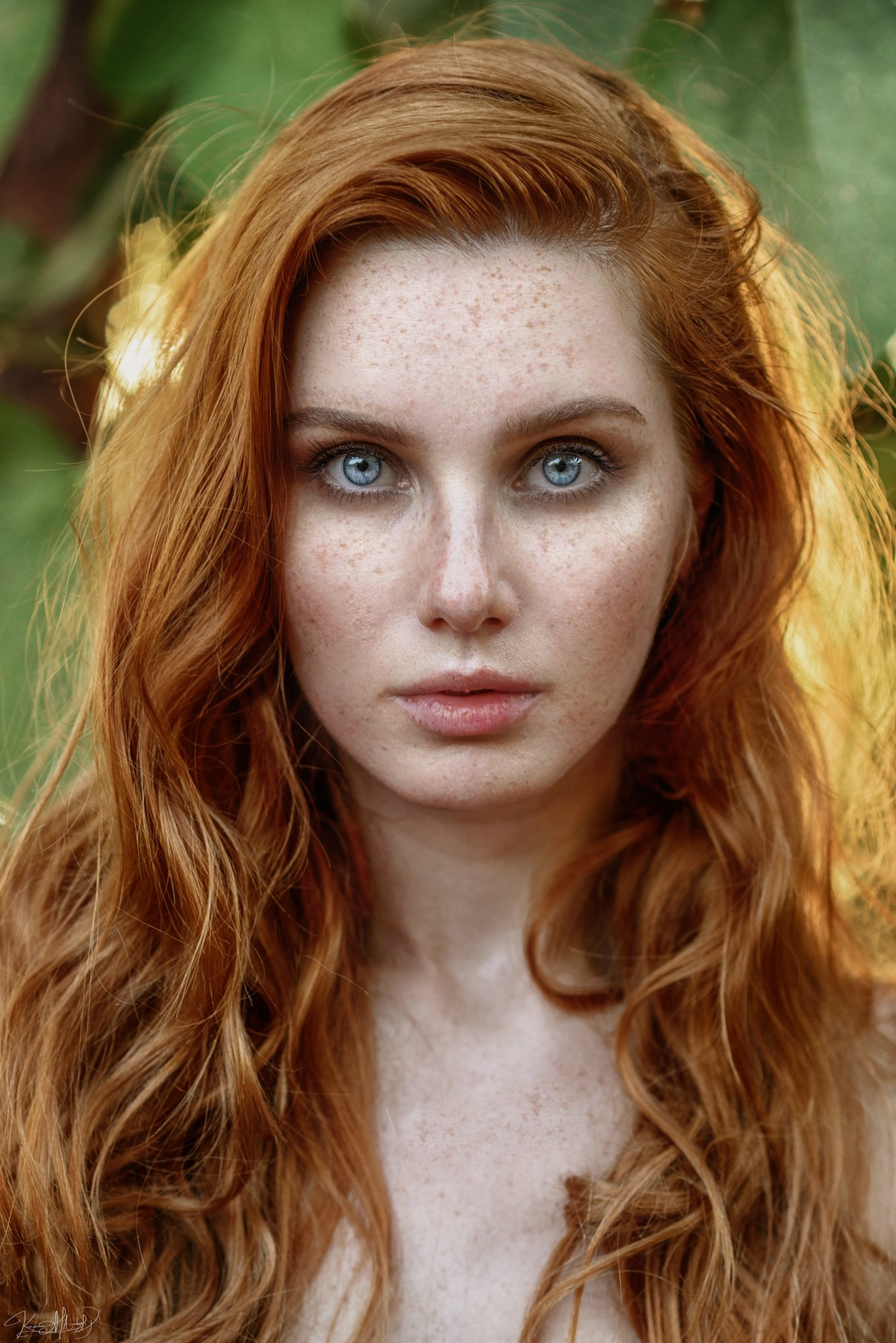 portrait, eyes, freckles, ginger, redhead, pretty, girl, red, yellow, natural, light, sunlight, beautiful, istanbul, face, hair, beauty, nikon, 85mm, Каан Алтындал