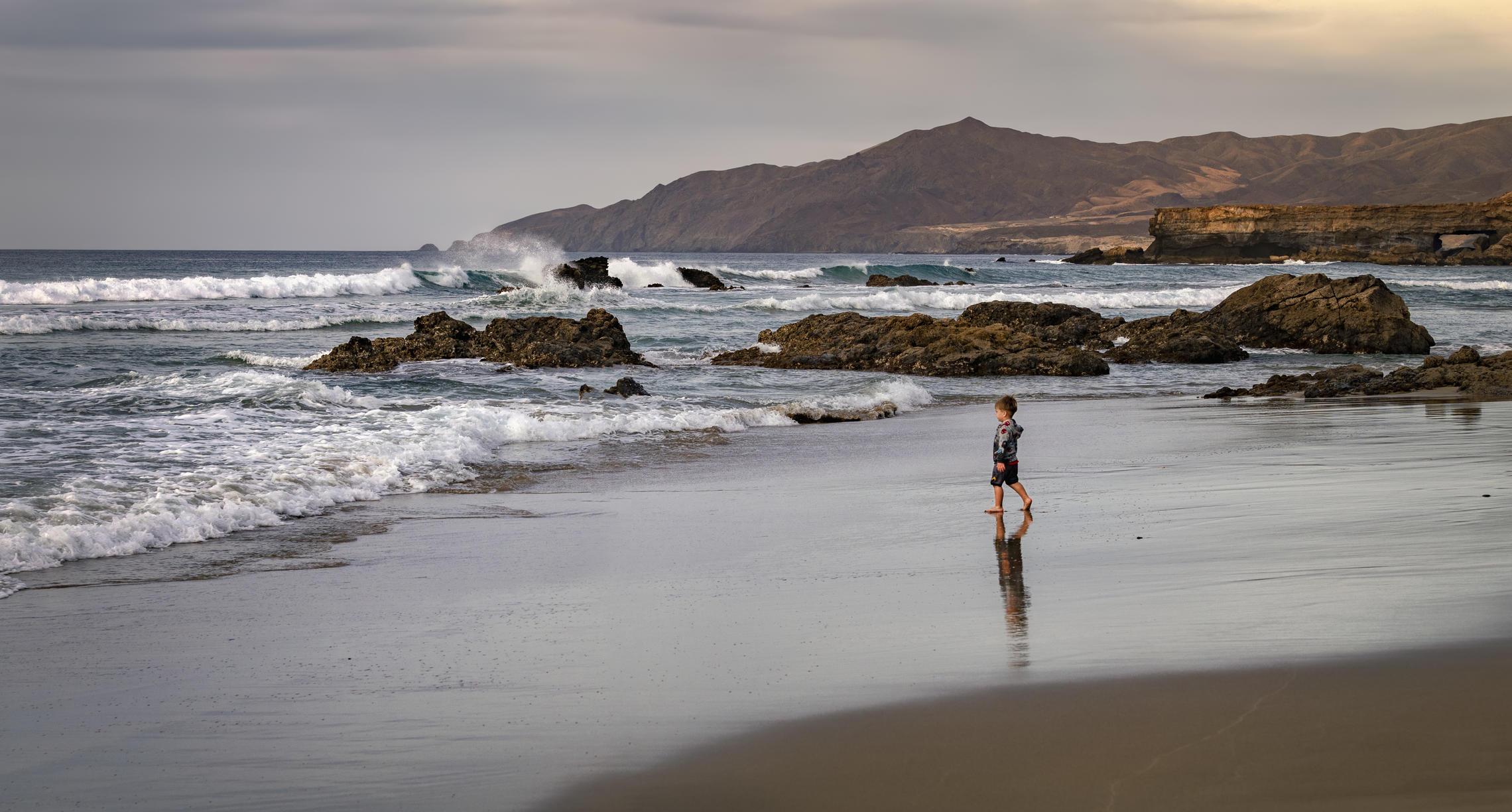 океан, отражение, пляж, Alexandr Bezmolitvenny