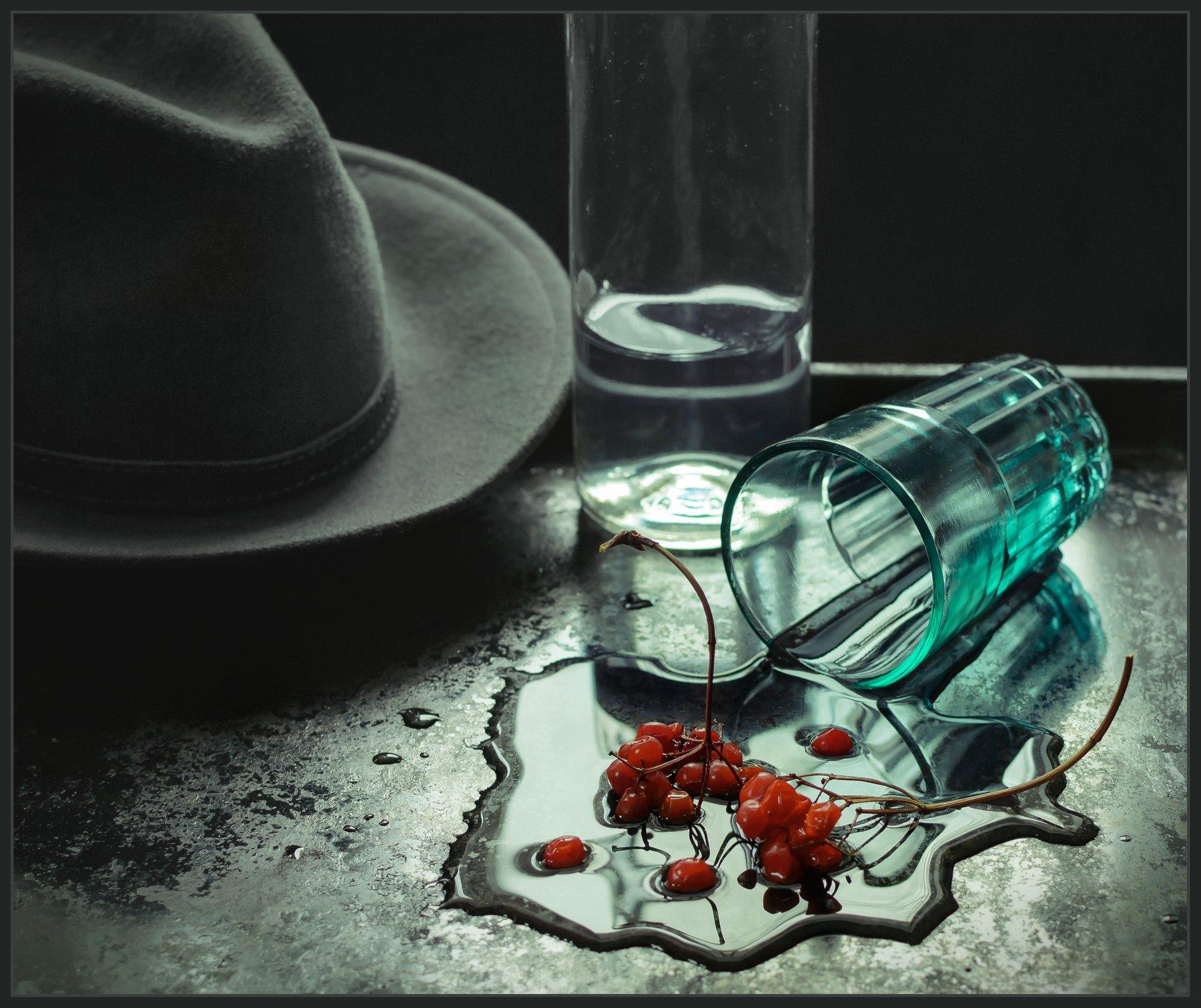натюрморт, still life, калина, стакан, бутылка, шляпа, Андрей Угренинов