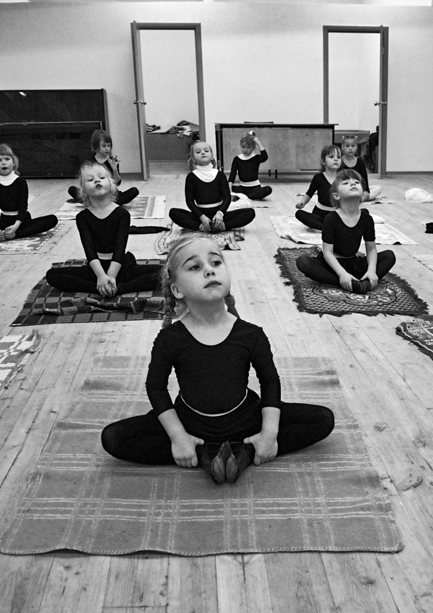 танцы, девочки, урок, чб, апатиты, Николай Смоляк