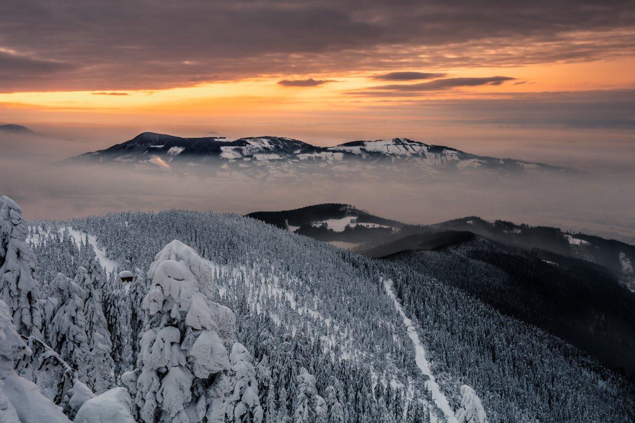 lysa hora, beskids, mountains, snow, winter, sunset, sunrise, Fichna Adam