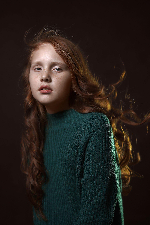 портрет, девочка, студийный портрет, Марина Хлопина