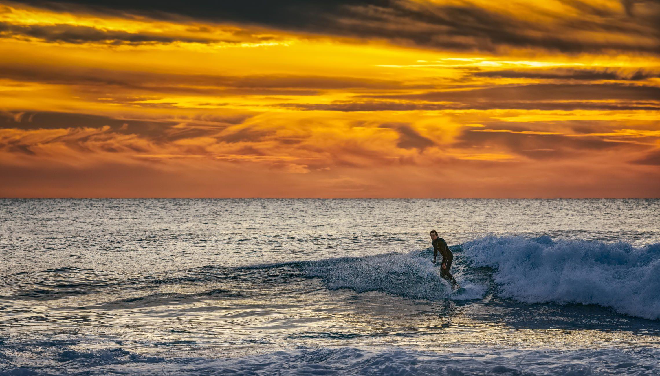 океан, волны, серфер, закат, Alexandr Bezmolitvenny