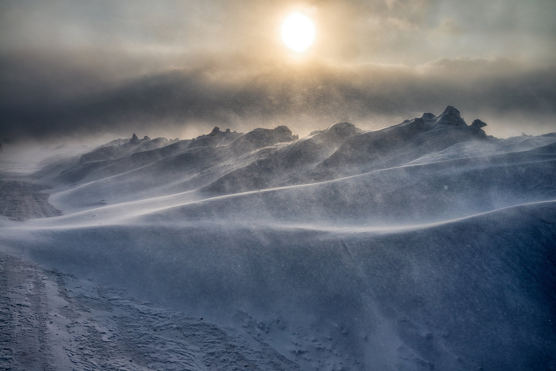 снег, солнце, зима, метель, сибирь 2019, Дмитрий Дубиковский