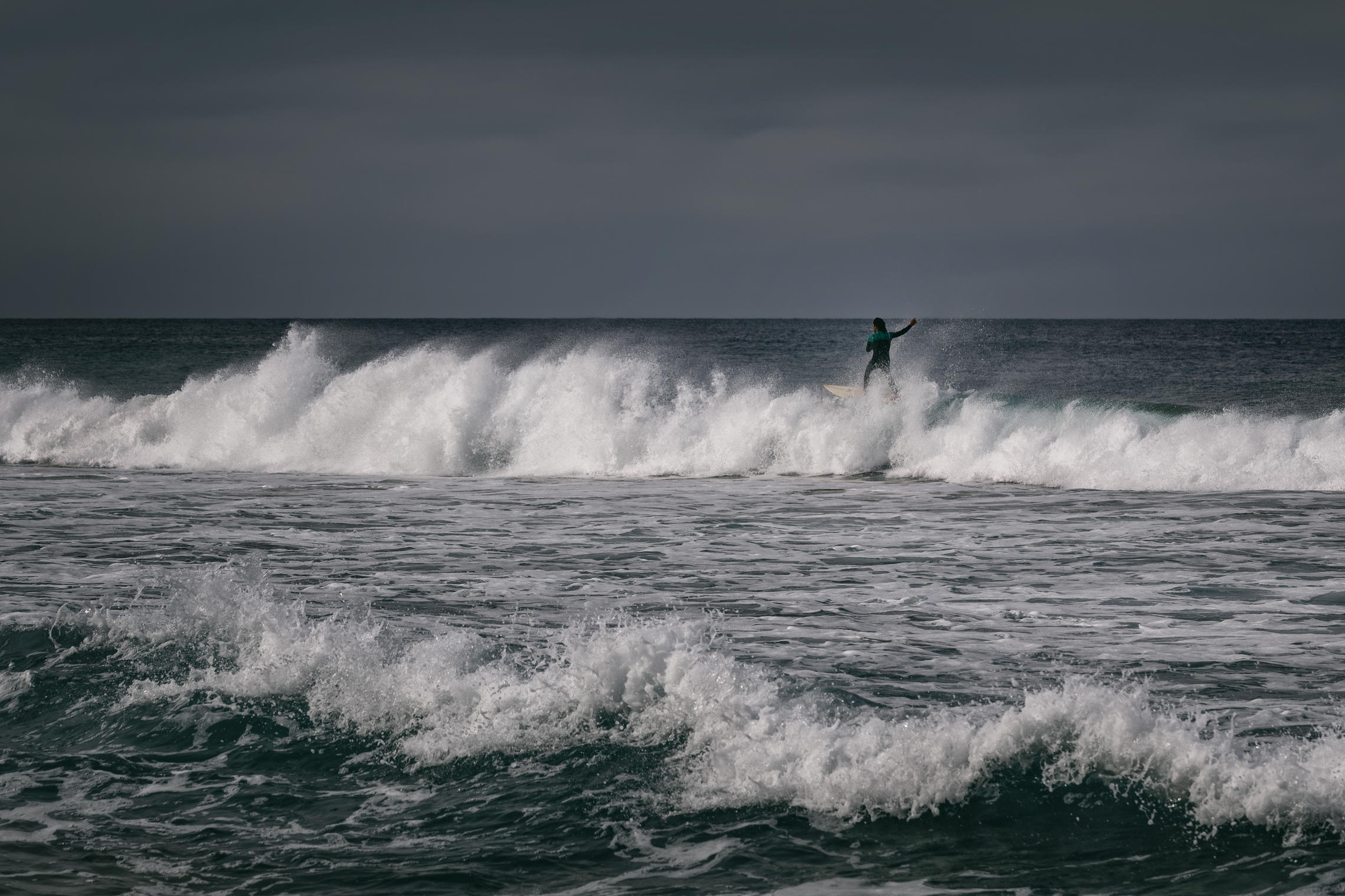 океан, волны, серфер, Alexandr Bezmolitvenny