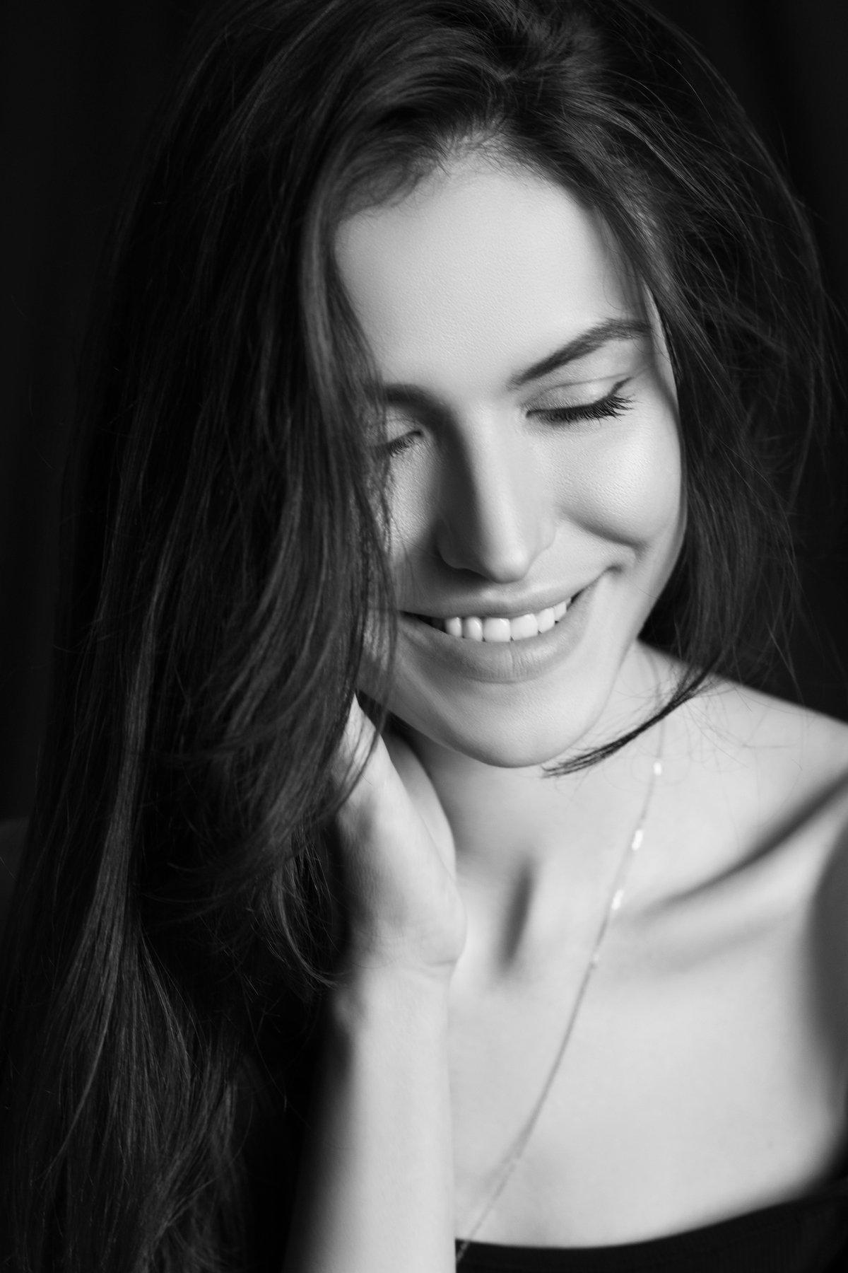 девушка портрет чб черно-белое , Диана Хилько
