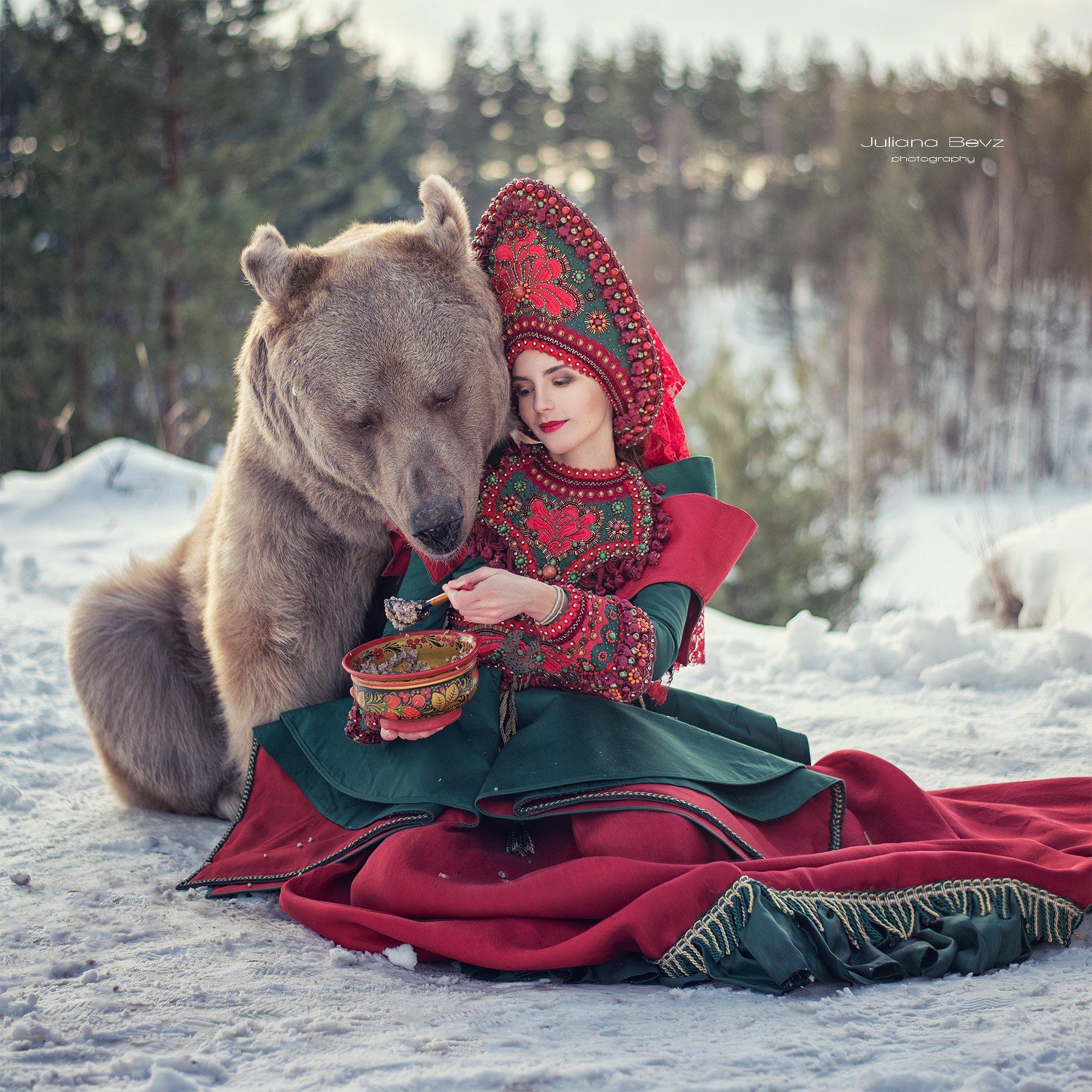 медведь, зима, русский стиль, россия, кокошник, наряд, снег, Bevz Juliana