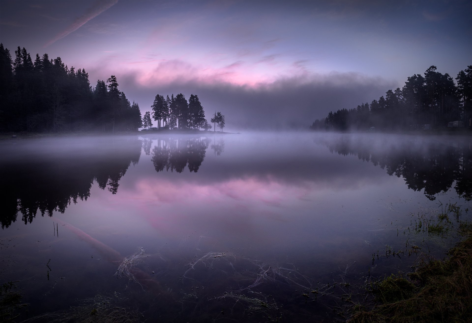 landscape, nature, scenery, lake, wood, mist, misty, fog, foggy, light, sunlight, morning, sunrise, reflections, mountain, rhodopi, bulgaria, туман, озеро, утро, Александров Александър