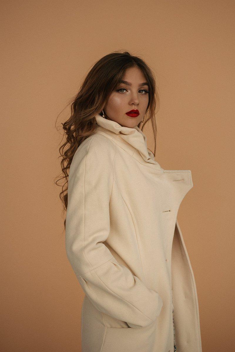 саратов, aroundarknessphoto, beautiful, beautifulgirl, read, portrait, portraitgir, Годжаева Сабина
