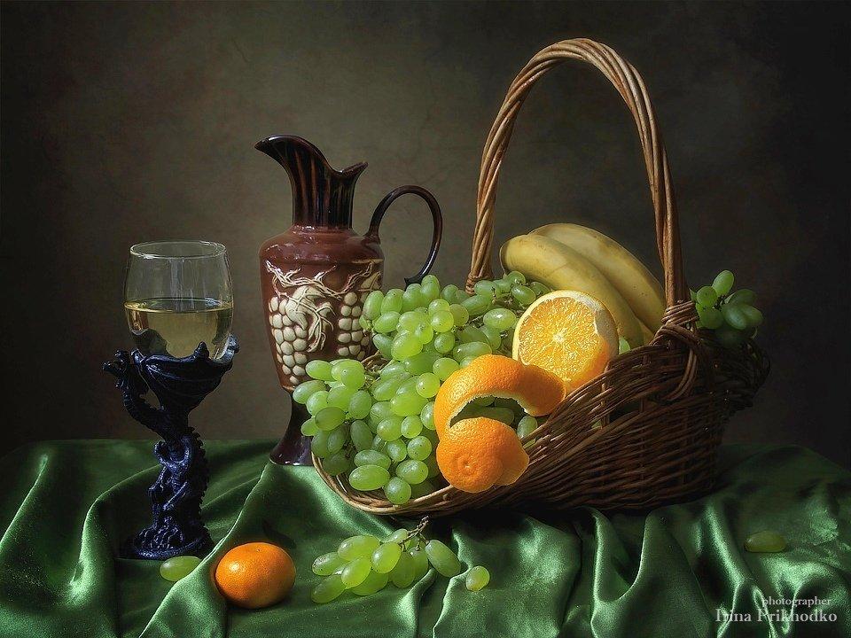 Натюрморт с фруктами и вином Ирина Приходько