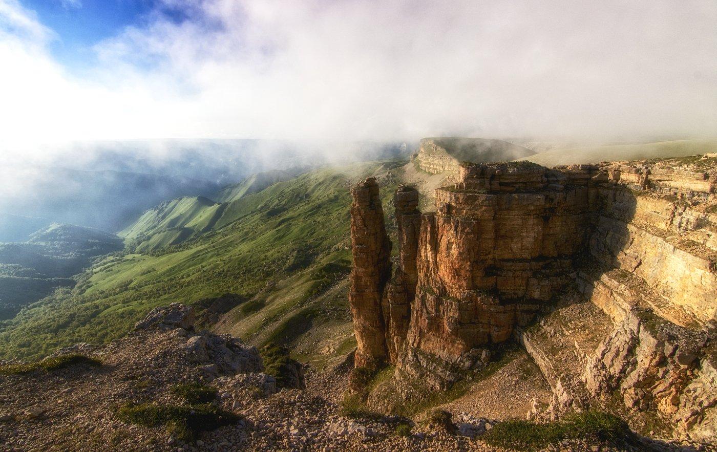 кавказ,горы,плато,туман,закат., Анатолий Салтыков