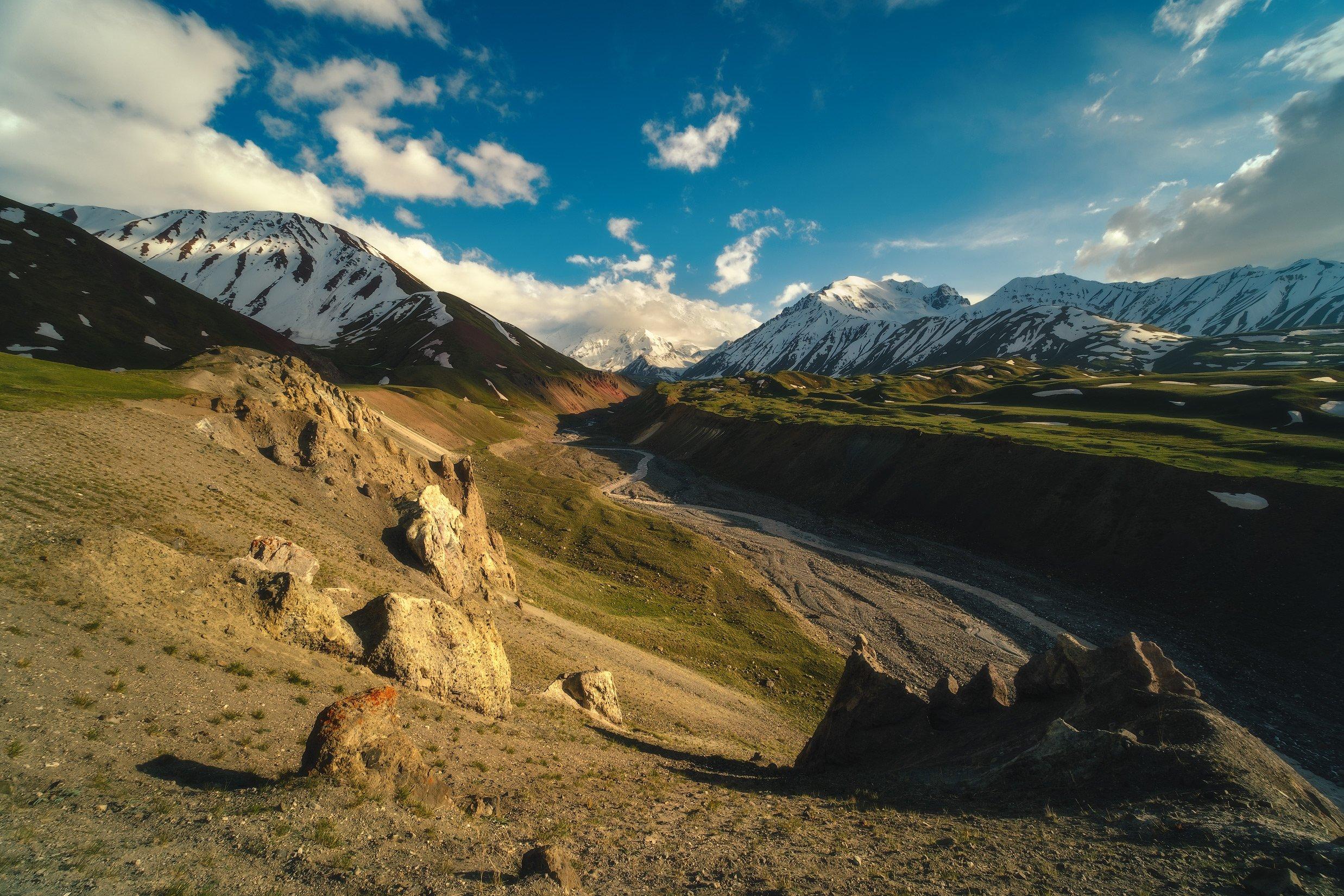 киргизия, кыргызстан, средняя азия, горы, каньон, скалы, пейзаж, лето, ущелье, каньон, закат, вечер, памир, пик ленина, ледник, Оборотов Алексей