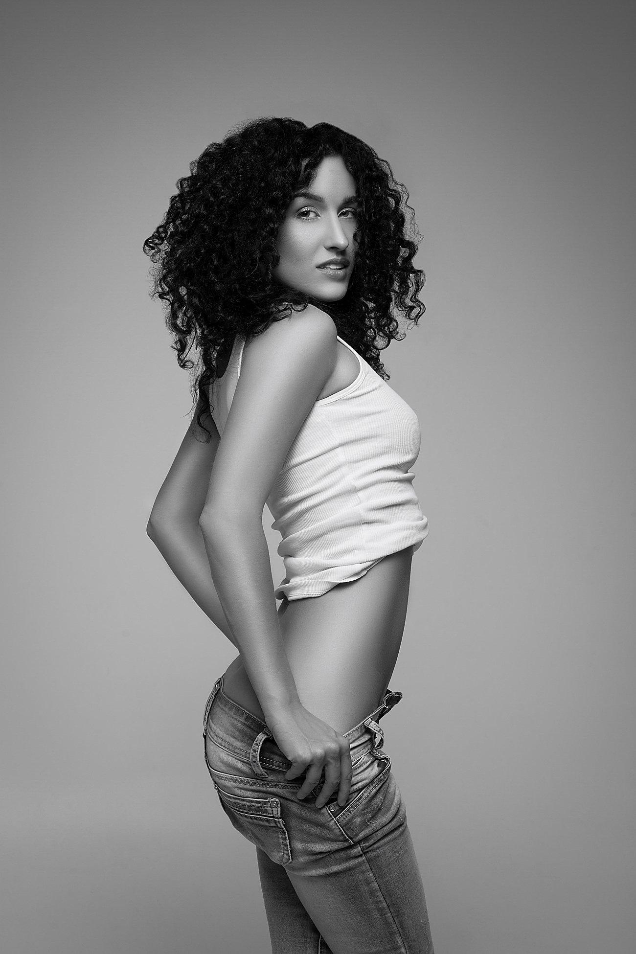 model, fine art, sexy, sensual, black and white, woman, female, body, erotica, glamour, curves, portrait, beautiful, fashion,, Lajos Csáki