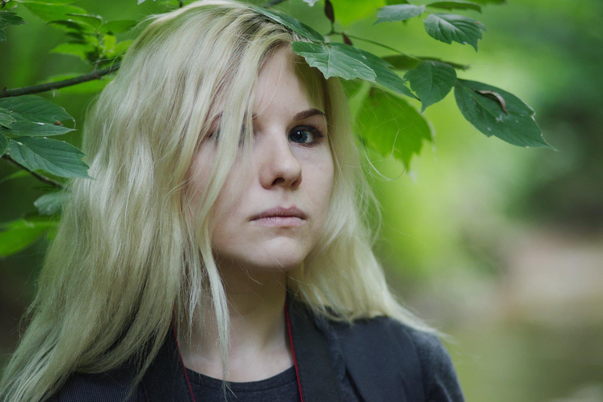 портрет, листья, Егоров Алексей