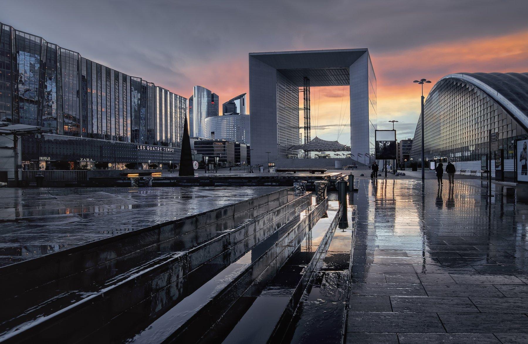 город,площадь,архиетктура,дождь,лужи,свет,блики,отражения, Тамара
