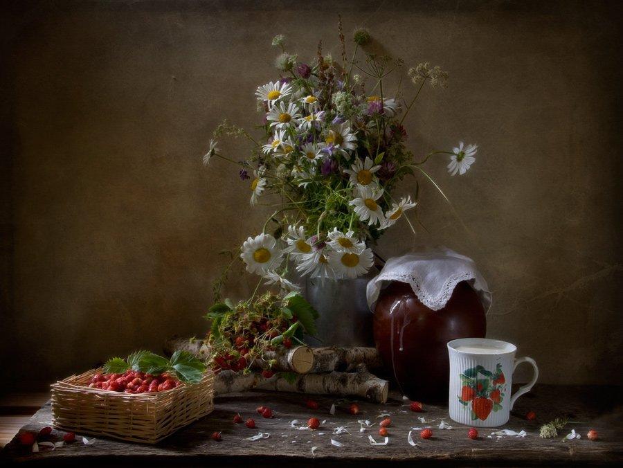 натюрморт, земляника, цветы, молоко, лето, El. G.