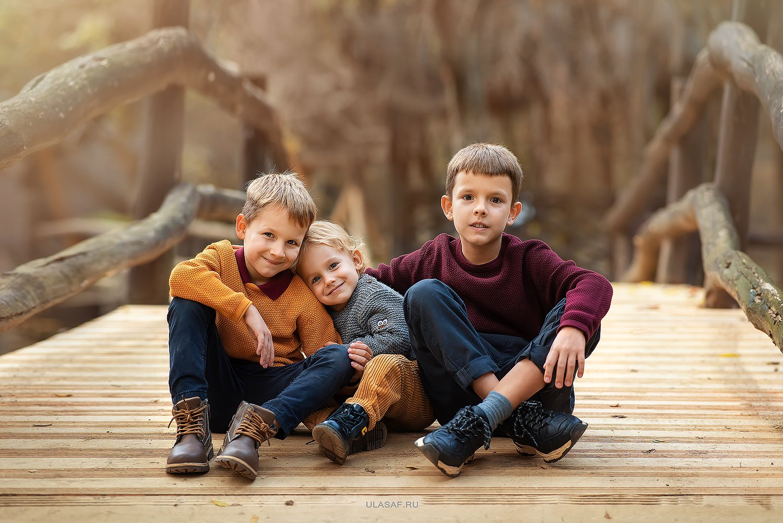 портрет, art, portrait, осень, autumn, дети, мальчики, boys, братья, brother, брат, веселье, радость, эмоции, любовь, нежность, Юлия Сафо