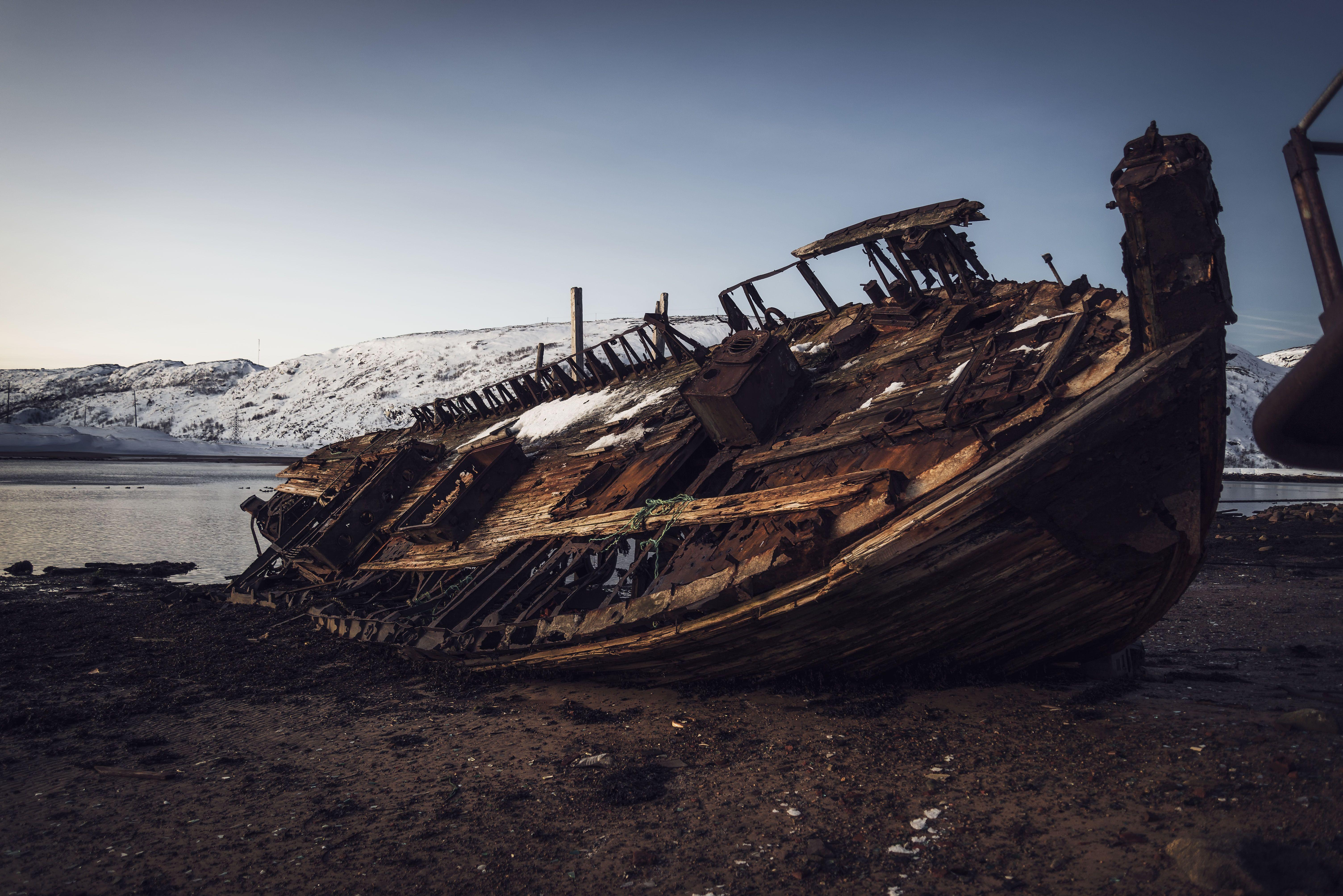 abandoned north polar cold crushed ocean coastline, Бугримов Егор