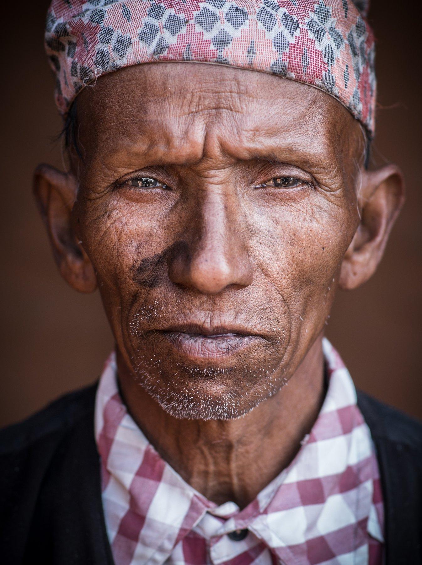 portrait, people, old, urban, man, india, asia, village, kathmandu, nepal, poor, asian, worker, indian, poverty, social, smith, caste, bhaktapur, blacksmith, Герасименко Арсений