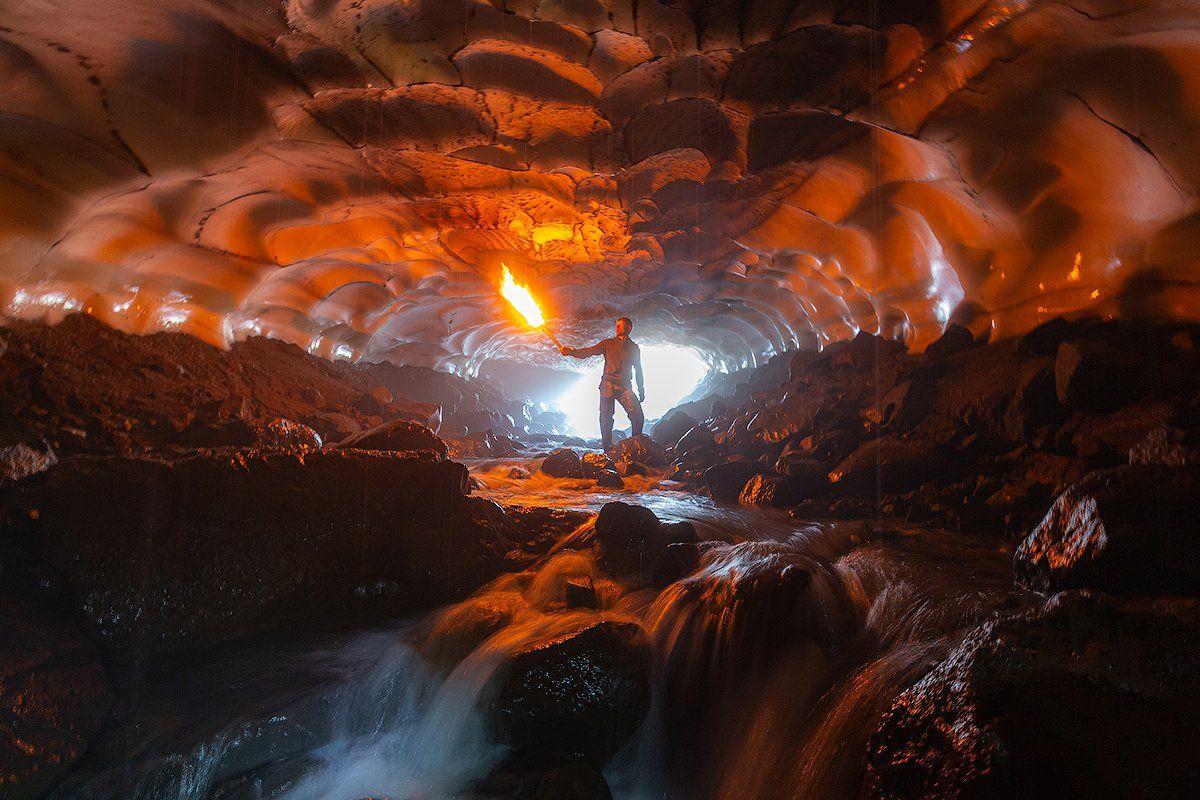 камчатка, пещера, снег, природа, путешествие, фототур, лед, вулкан, огонь, Денис Будьков