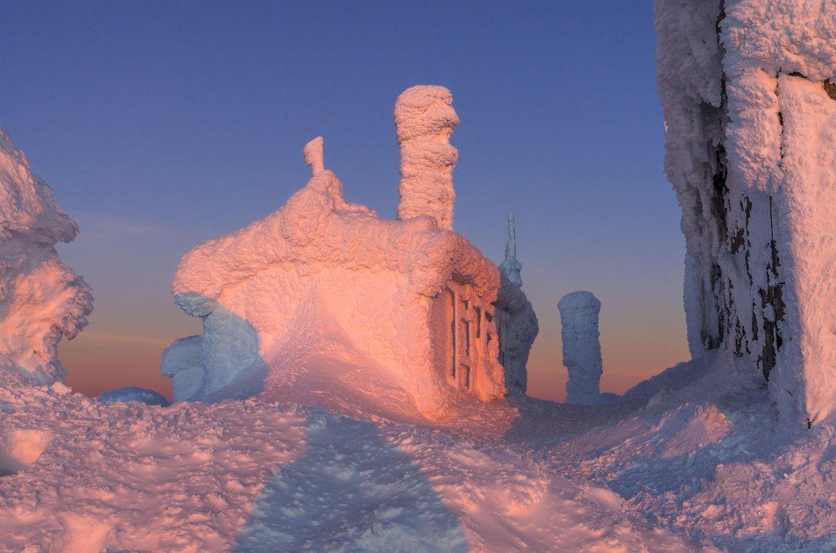 landscape nature scenery winter sunset snow ice clouds hut mountain architecture tea house пейзаж зима горы, Александров Александър