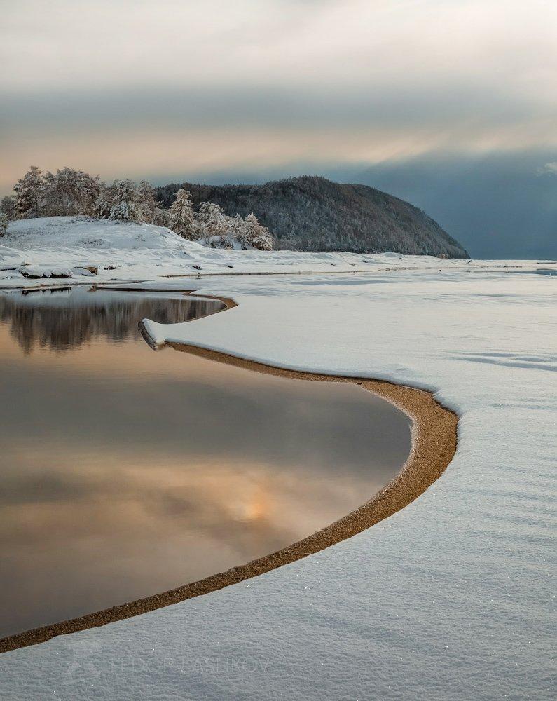 байкал, озеро, бурятия, берег, снег, зима, водоём, линии, отражение, пляж, в снегу, белый,, Лашков Фёдор