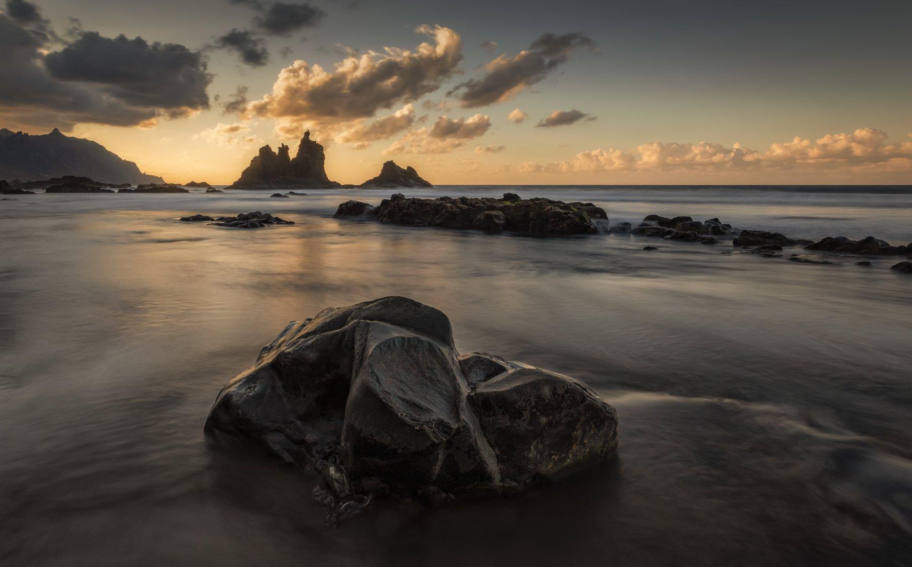 камни, пляж, океан, Alexandr Bezmolitvenny