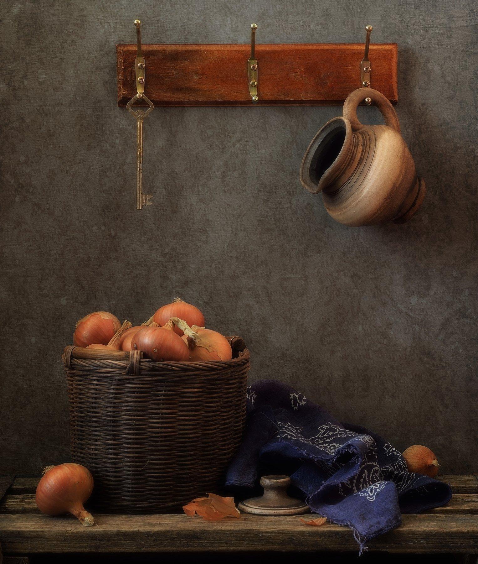 натюрморт,лук,кувшин,корзинка, Наталия К