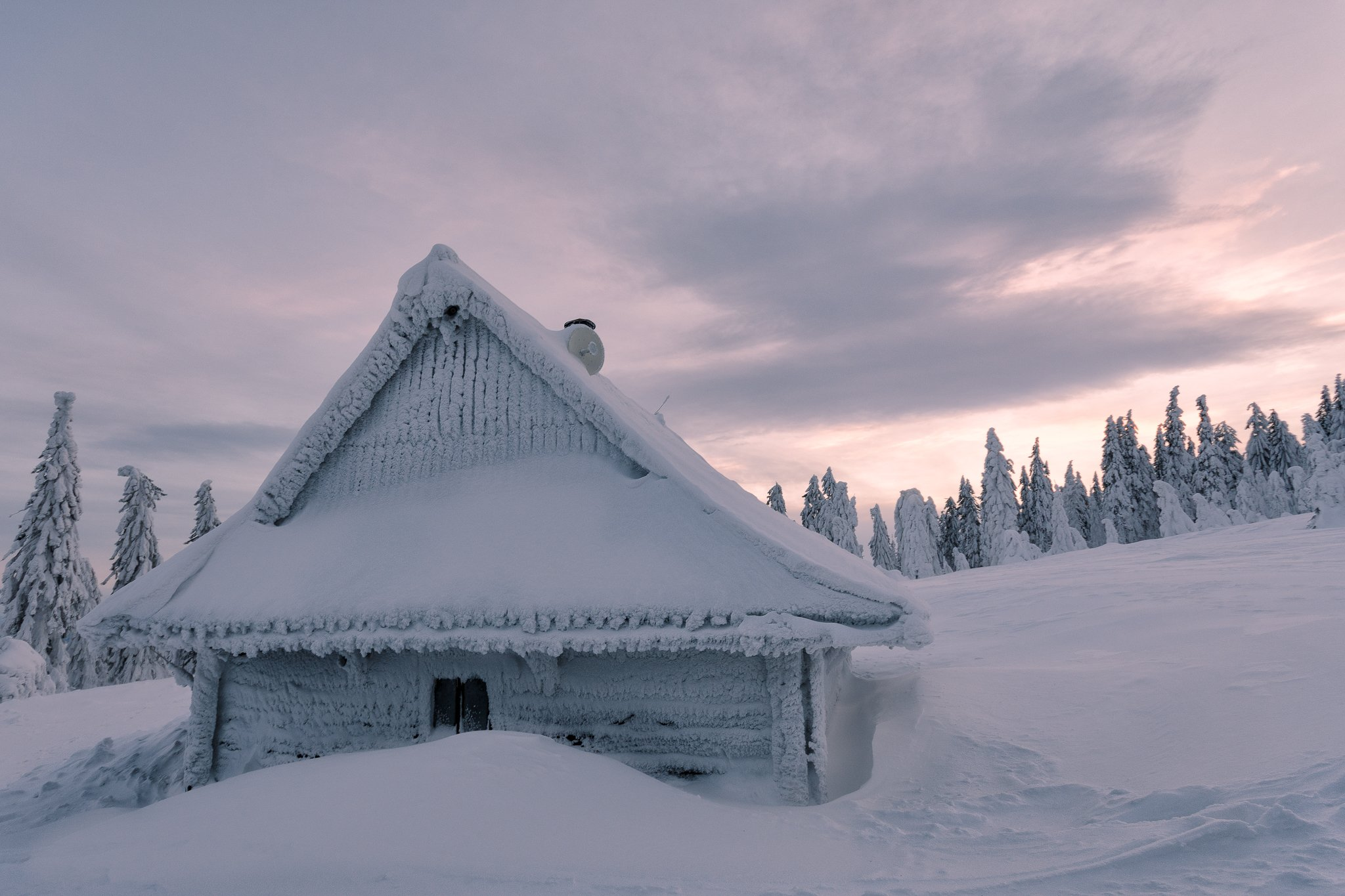 winter,snow,cabin,frost,frozen,evening,sunset,forest,mountains, Marcin Mucharski