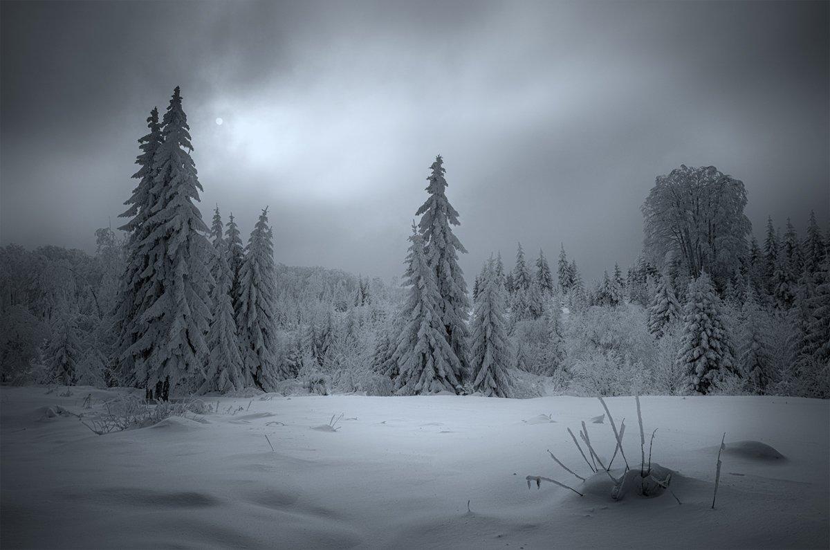 landscape nature scenery winter sunset snow clouds mountain trees пейзаж зима горы, Александров Александър