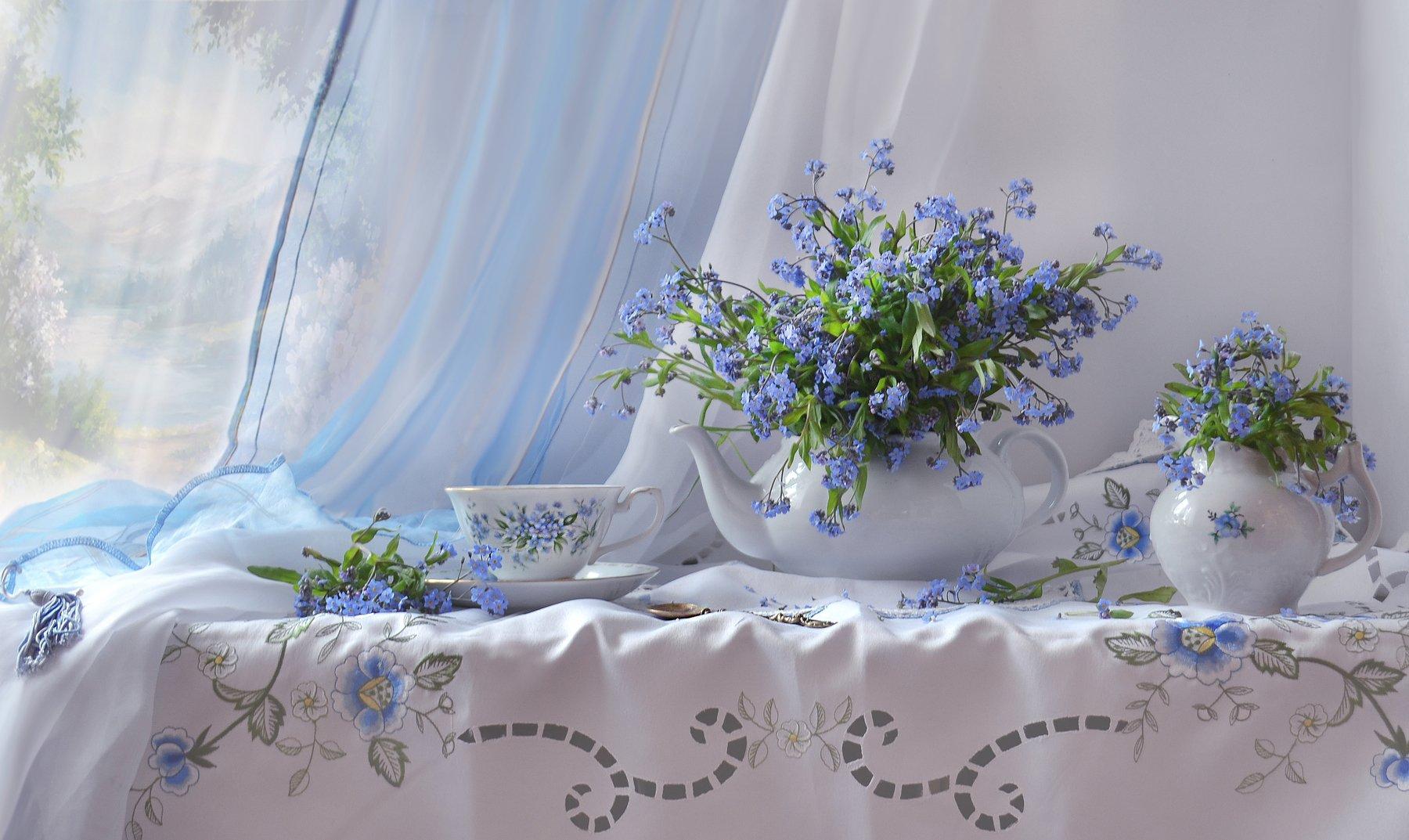 still life, натюрморт, чай, чайник, кувшинчик, весна на пороге, цветы, фото натюрморт, фарфор, февраль, незабудки, зима,, Колова Валентина