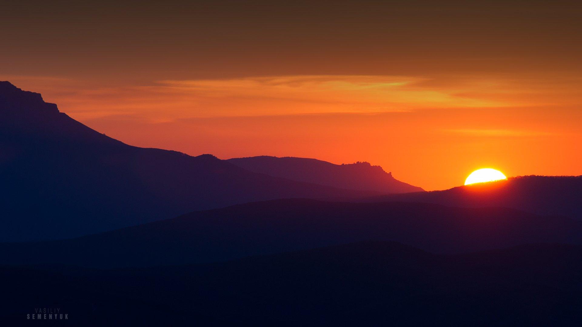 крым, горы, чатыр-даг, южная демерджи, рассвет, солнце, первые лучи, весна, landscape, dawn, mountaun, sun., Семенюк Василий