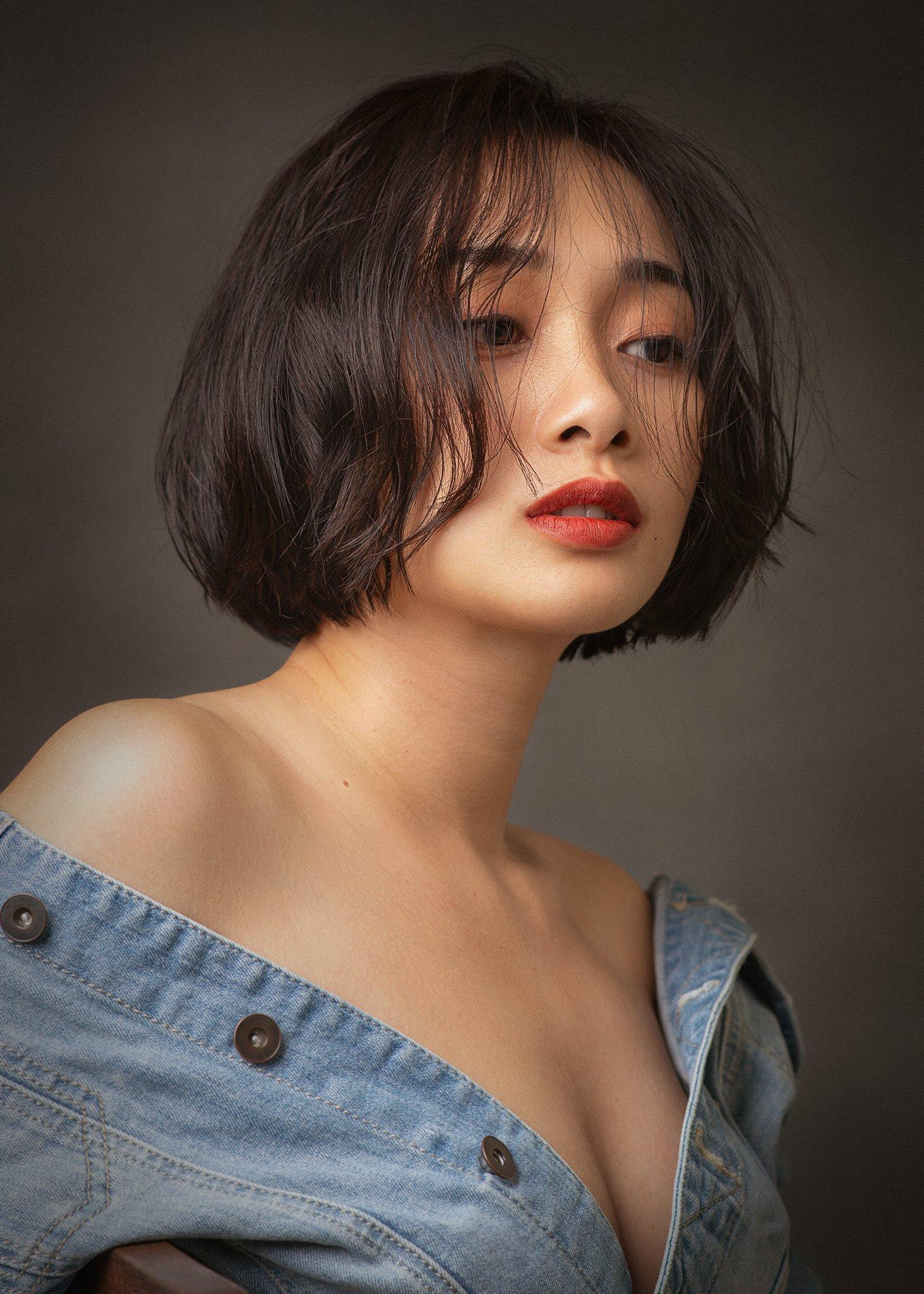 portrait, female, woman, girl, asian, vietnam, vietnamese, young, face, beauty, glamour, studio, eyes, short hair, hairstyle, Hoang Viet Nguyen