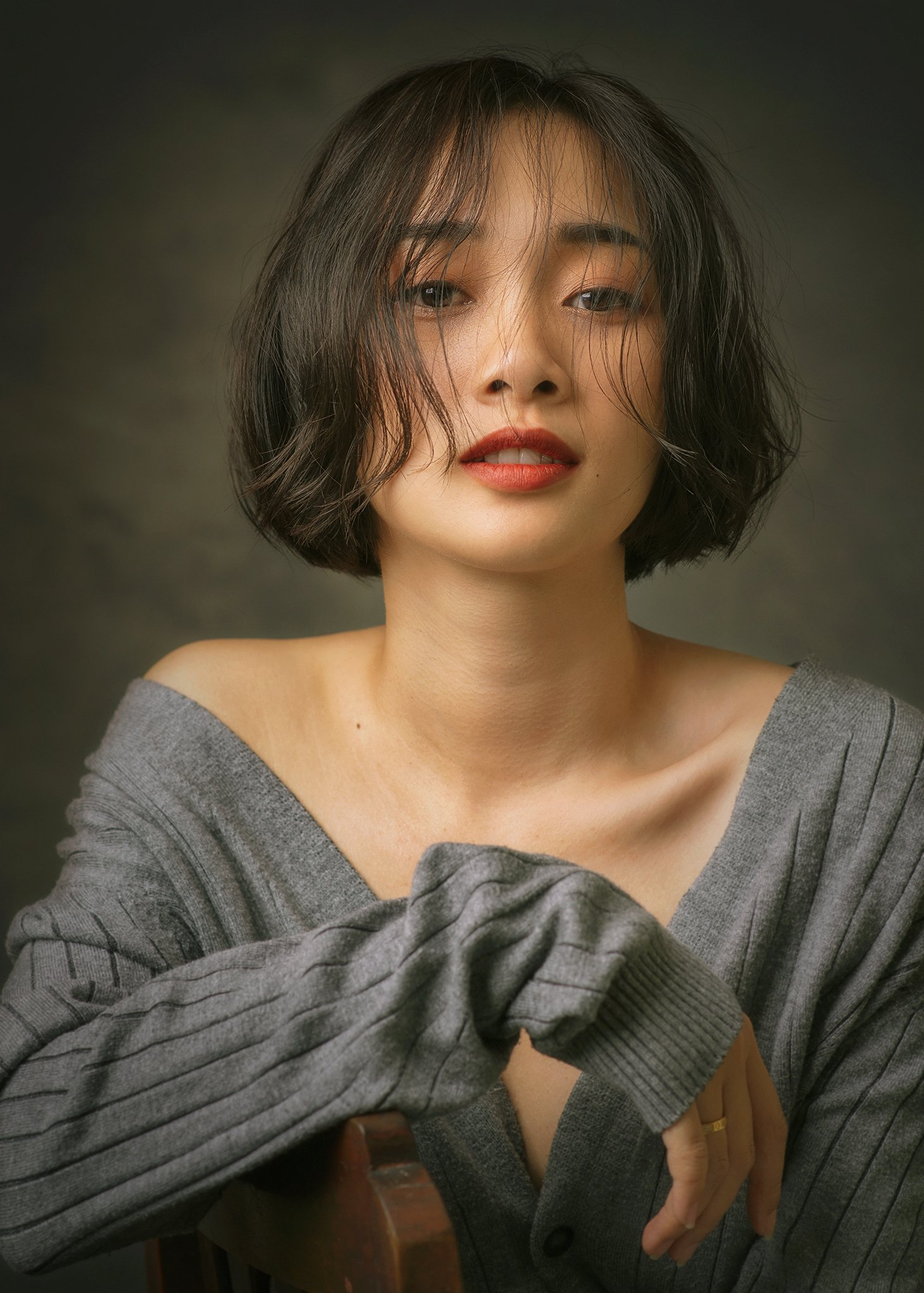 portrait, female, woman, girl, asian, vietnam, vietnamese, young, face, beauty, glamour, studio, eyes, short hair, hairstyle, Hoang Viet Nguyen