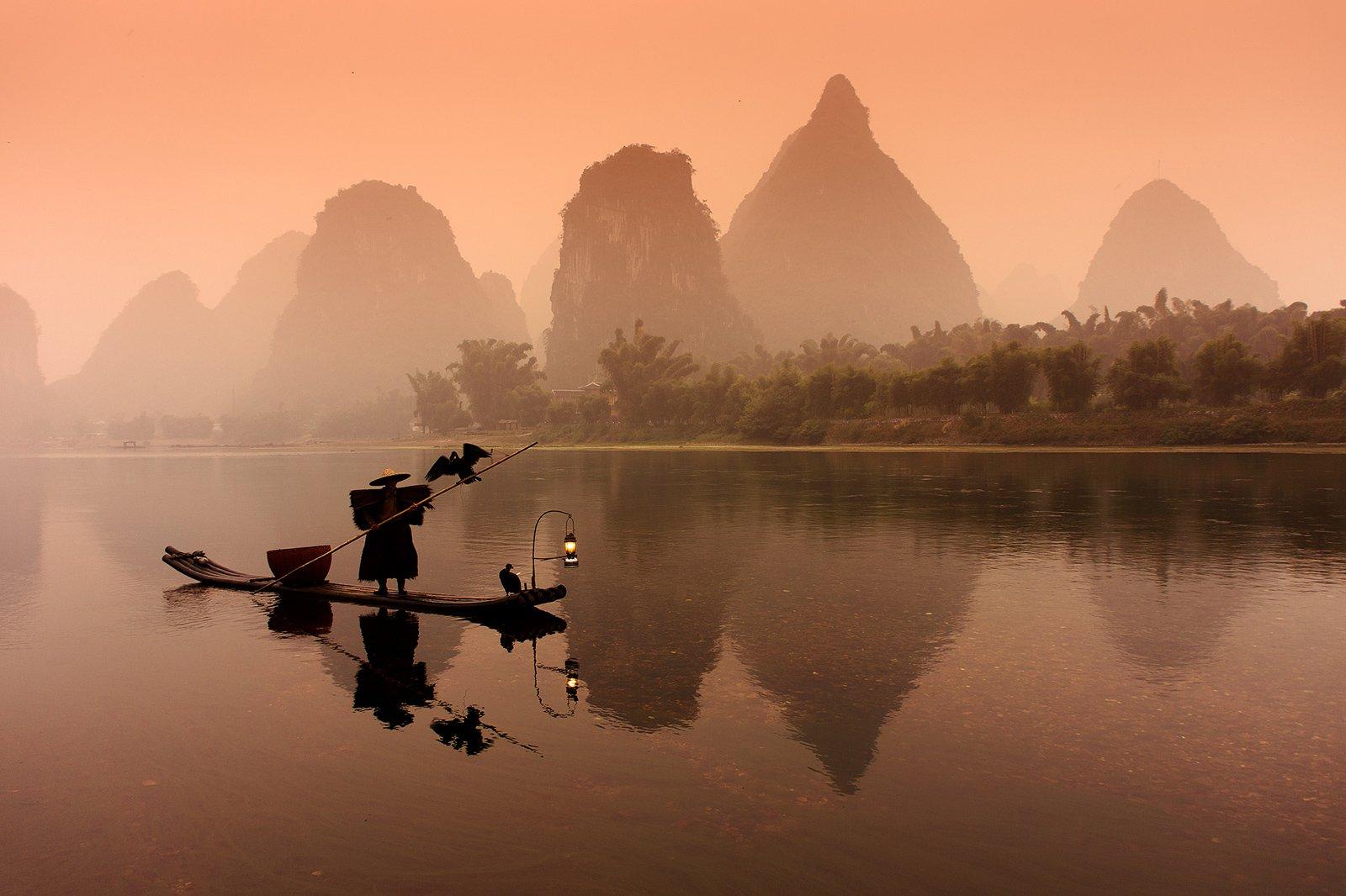 cormorant, fisherman, li, river, mountains, reflections, sunrise, Сергей Кузнецов